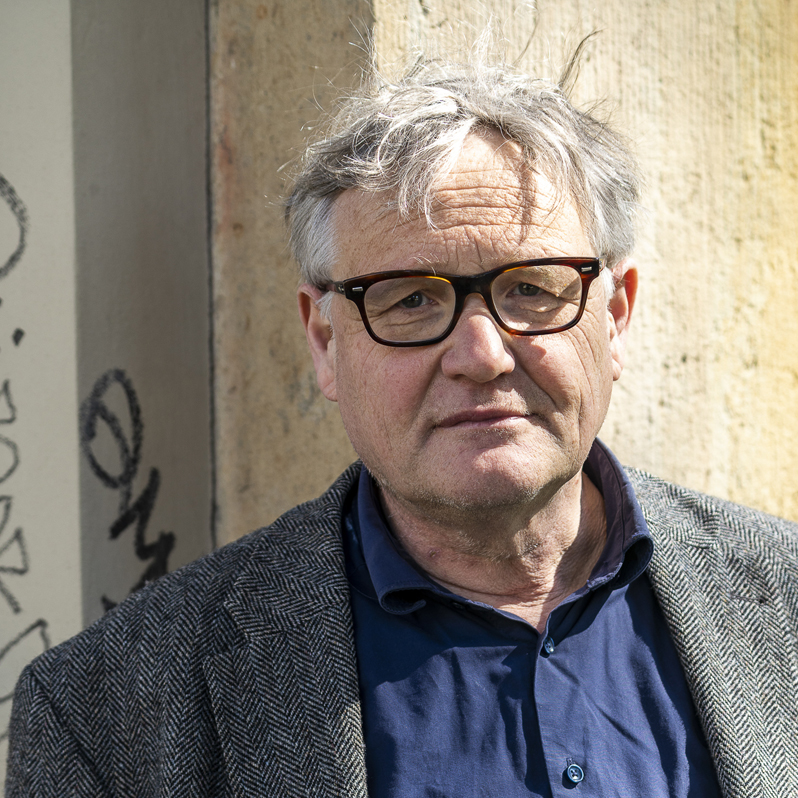 Tobias Lenel